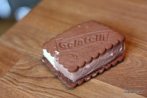 Gelatelli Biscuit - Glasskoll.se Photo by Glassmannen