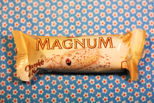 Magnum Chocolate &amp; Nuts - Glasskoll.se, photo by Glassmannen
